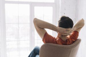 invertir en autoayuda para una felicidad plena
